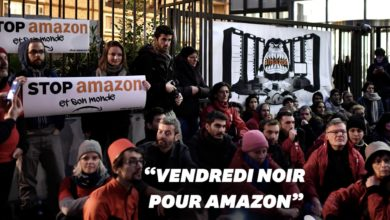 Black Friday en France: des entrepôts d'Amazon bloqués par des militants écologistes
